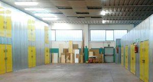 Deposito mobili e scatoloni