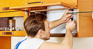 Smontaggio e montaggio mobili